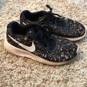 Boy Nike size 2Y running shoes